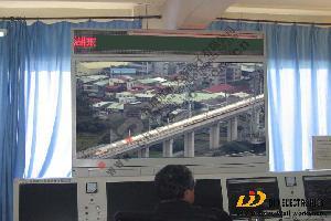 帝艾帝82寸液晶超级触摸大屏应用于广州铁道部